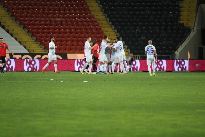 1 Maç 9 gol kaybeden Gaziantep FK