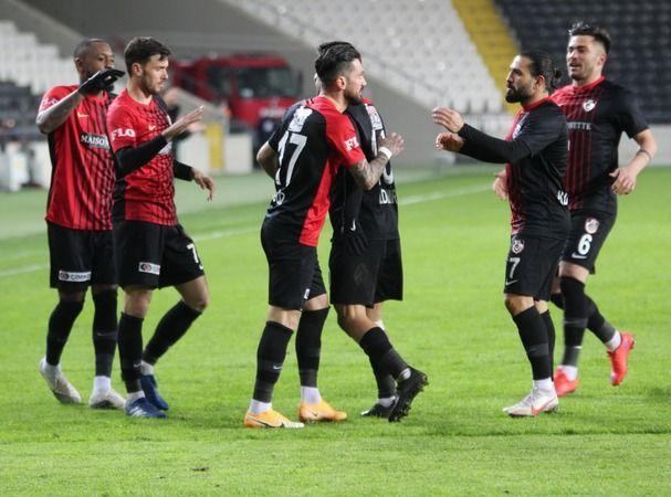 Gaziantep FK 2020-2021 sezonunu nasıl geçirdi ?