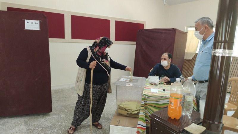 Gaziantep'te 14 mahalle sandığa gitti