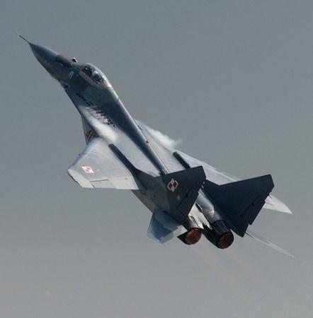 Savaş uçakları yanlışlıkla birbirini mi vurdu ?
