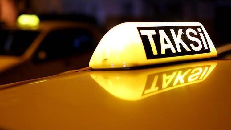 Bonzai içirip bayılttıkları taksiciyi soydular