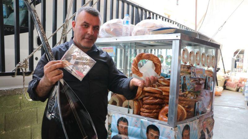 Gaziantepli ses sanatçısı Faik Özer, şimdi simit satıyor
