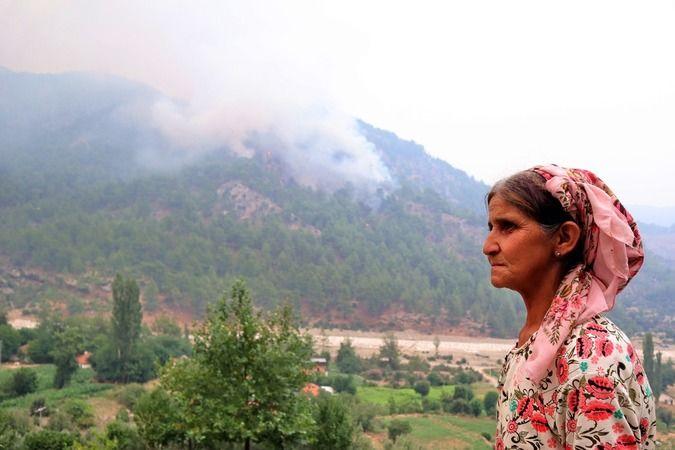 Yangın devam ediyor, bir bölge daha boşaltıldı