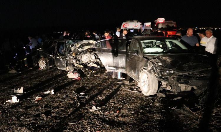 Gaziantep'te 5 aracın karıştığı iki ayrı kazada 4 kişi yaralandı