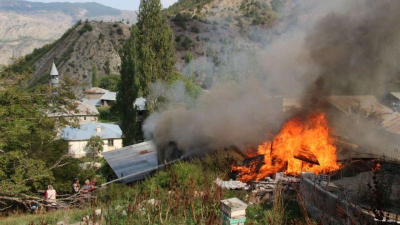 6 ev yandı 50 ev risk altında