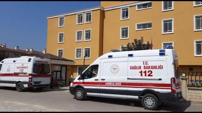 Huzurevinde aşıları tam olan 11 kişi korona virüse yakalandı