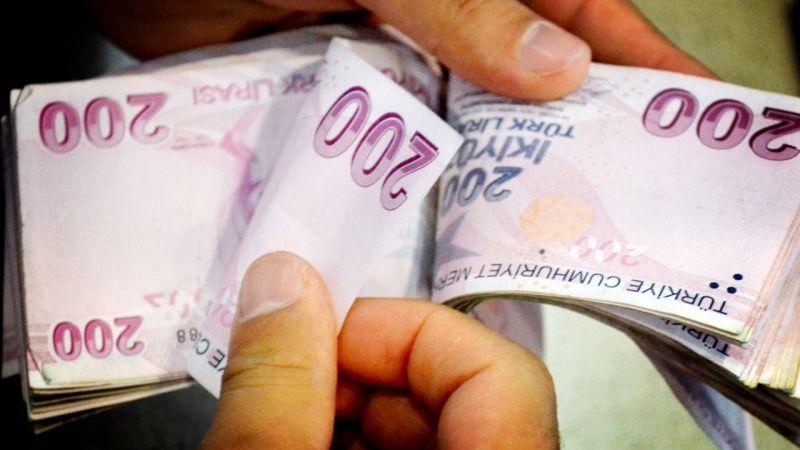 Vatandaşların çektiği 2 milyar 246 milyonluk kredi geri ödenmedi