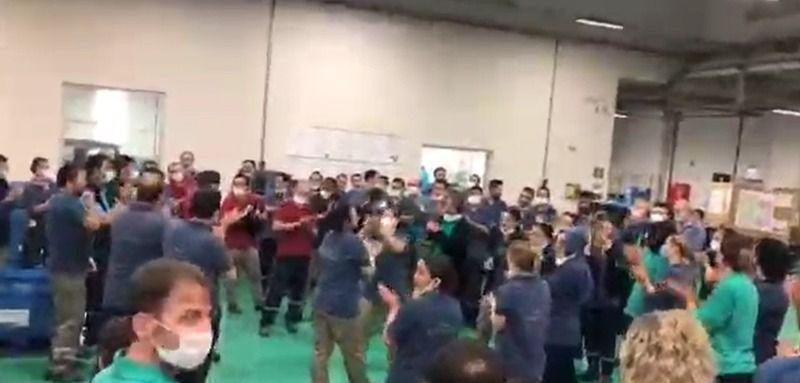 İşçiler kendini fabrikaya kilitledi
