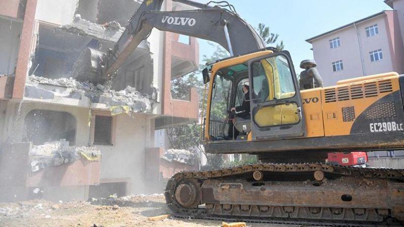 Tuzla'da Orta Hasarlı 37 Bina Daha Yıkılıyor