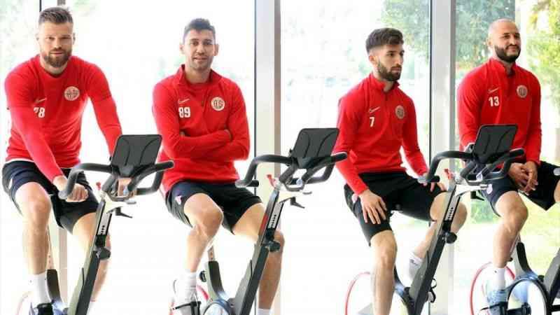 Antalyaspor, Beşiktaş maçının hazırlıklarına ara vermeden başladı