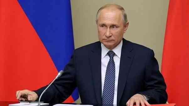 """Putin: """"Rusya, tüm ilgili ülkelerle havacılık ve uzay alanında iş birliğine açık"""""""