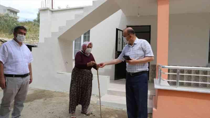 Mut'ta öğretmenler el ele verdi öğrencilerine ev yaptırdı
