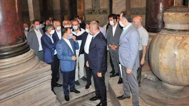 Bakan Ersoy ve Diyanet İşleri Başkanı Erbaş, Ayasofya Camii'nde ...