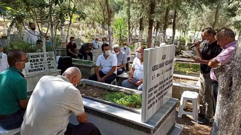 Şair ve halk ozanı Kocaman, mezarı başında anıldı