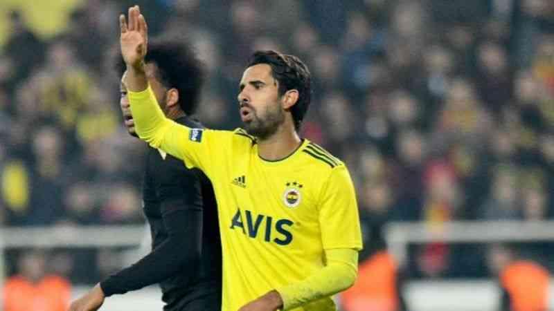 Fenerbahçe'de Alper Potuk ile yollar ayrıldı