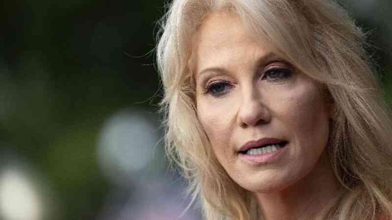 Trump'ın başdanışmanı Conway ay sonunda görevini bırakacak