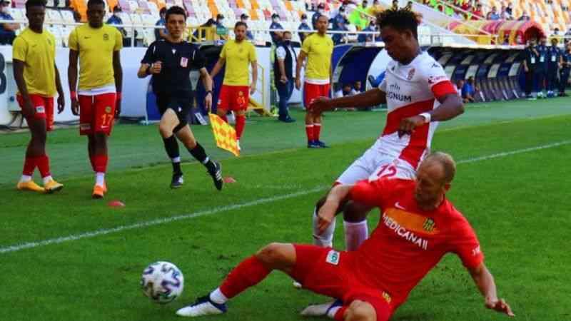 Yeni Malatyaspor, Antalyaspor'u 1-0 yenerek sezonun ilk galibiyetini aldı