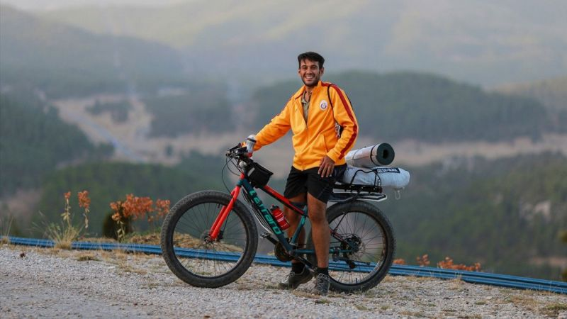 Salgın sürecinde kullandığı bisikletle fazla kilolarından kurtuldu