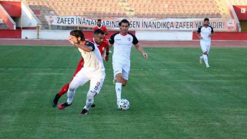 Kahramanmaraşspor, Uşakspor'u 2-1 mağlup etti