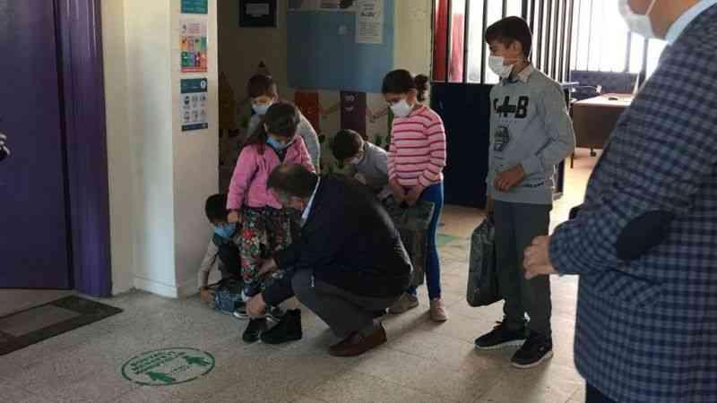 Elbistan'da 120 öğrencinin bu kış ayakları üşümeyecek