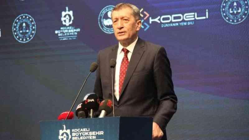 """Milli eğitim Bakanı Ziya Selçuk: """"4. büyük kırılma denilebilecek kırılma geliyor''"""