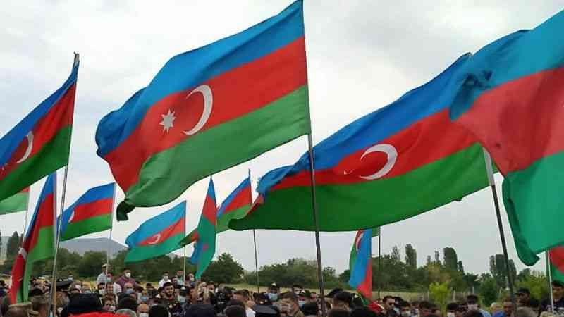 Azerbaycan, Ermenistan'ın fosforlu mühimmat kullanabileceği uyarısı yaptı