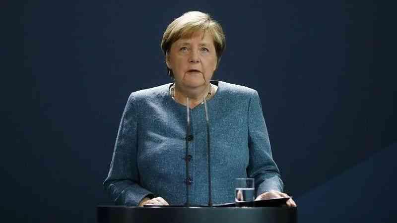 """Merkel: """"(Türkiye ile) Belirli konuları birlikte şekillendirmek istiyorsak birbirimize bağımlıyız"""""""