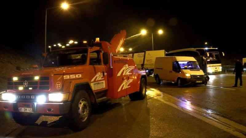 Tarsus-Adana-Gaziantep Otoyolunda zincirleme trafik kazası