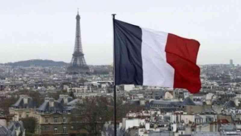 """Fransa Savunma Bakanı Parly, """"denizaltı krizi"""" nedeniyle Senato'da yuhalandı"""