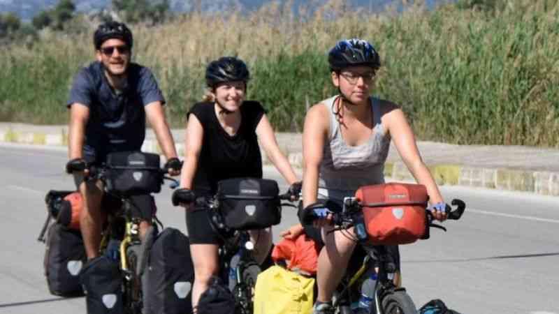 İsviçreli Jonas aile geleneğine pedal çeviriyor