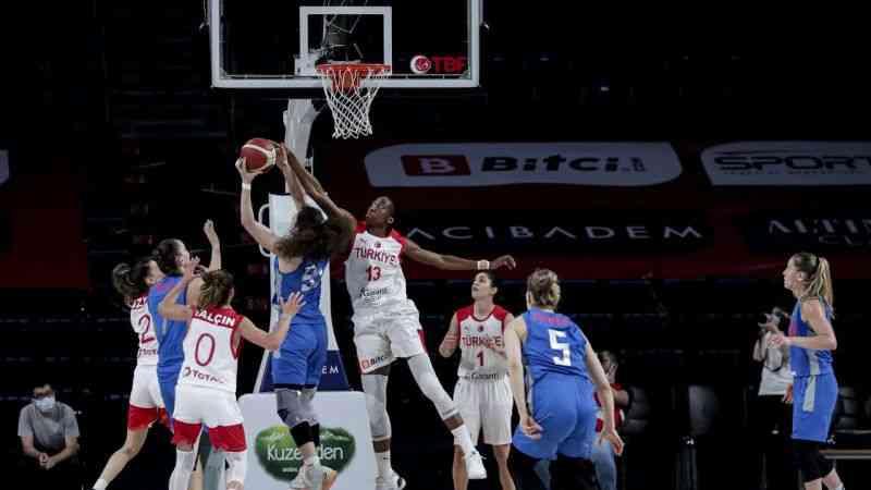 A Milli Kadın Basketbol Takımı, hazırlık maçında Rusya'ya mağlup oldu