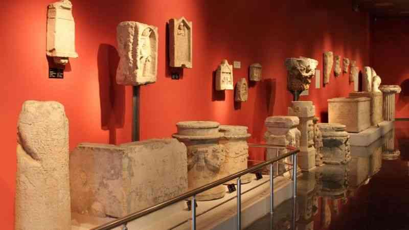 'Arkeolojik eserlerin sadece yüzde 10'u müzelerde sergileniyor'