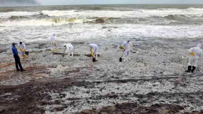 """BM Sri Lanka koordinatörü, kimyasal madde yüklü geminin """"gezegene ciddi zarar verdiğini"""" söyledi"""