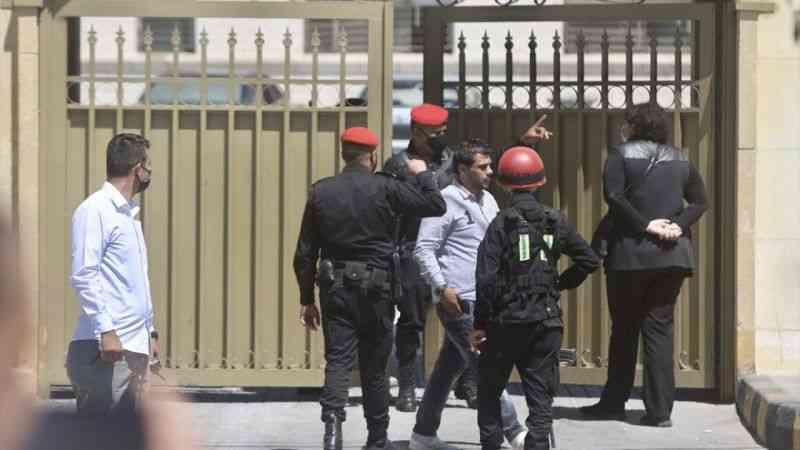 Ürdün'de Prens Hamza'nın da adının karıştığı darbe girişimi davasının ilk duruşması başladı