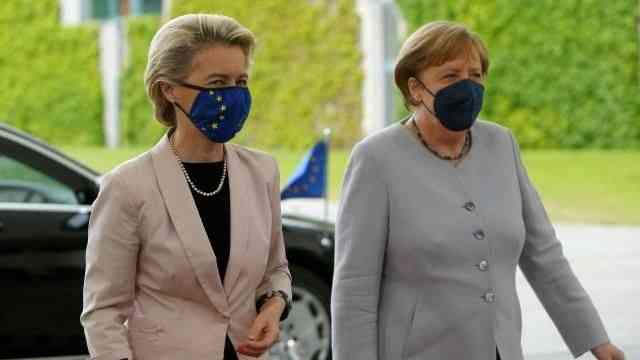 Merkel ve von der Leyen'den göç mutabakatının güncellenmesi konusunda Türkiye'ye destek