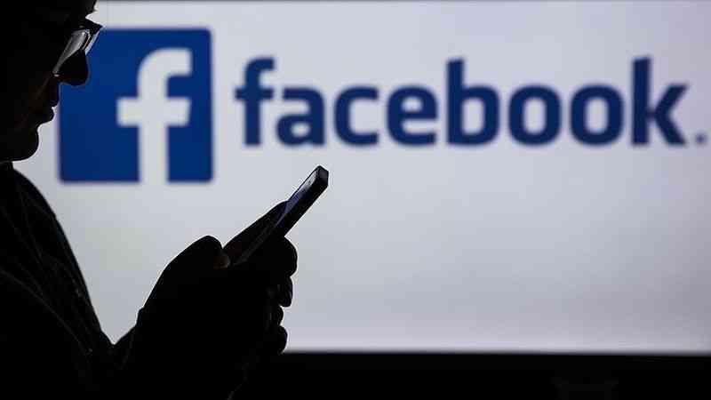 Facebook'un Myanmar'da askeri yönetimi destekleyen içerikleri kullanıcılara tavsiye ettiği öğrenildi