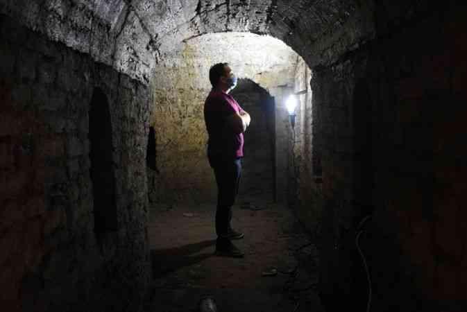 Bartın'da yıkılan konağın altında rastlanılan mahzende kurtarma kazısı başlatıldı