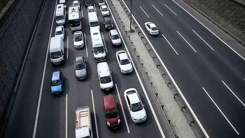 """""""Uzun yola çıkmadan önce araç bakımı yaptırılmalı"""" uyarısı"""