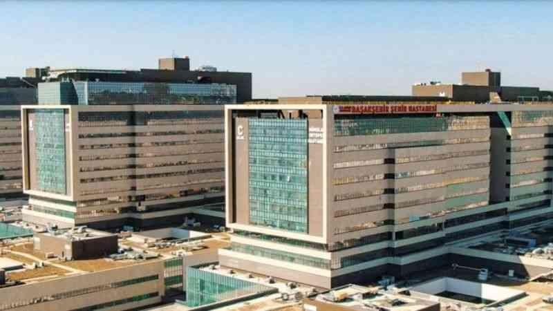 Rönesans Holding şehir hastanelerini Danimarkalı ISS'e devretti