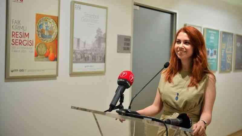 """Aslıhan Kuşoğlu Öztürk'ün """"Namevcut"""" sergisi ziyarete açıldı"""