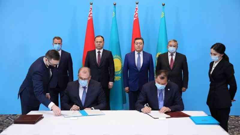 Kazakistan, Belarus'a petrol tedarik etmeye başlayacak