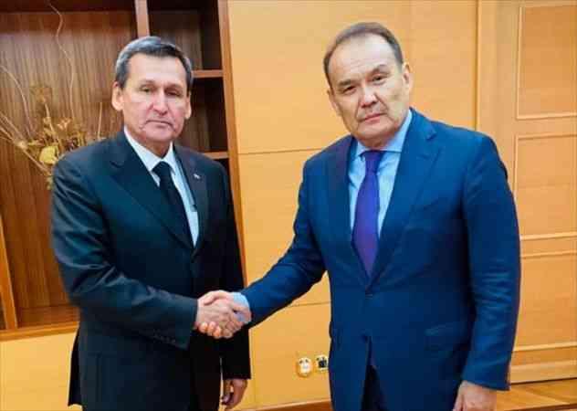 Türk Konseyi Genel Sekreteri Amreyev, Türkmenistan Başbakan Yardımcısı Meredov'la görüştü