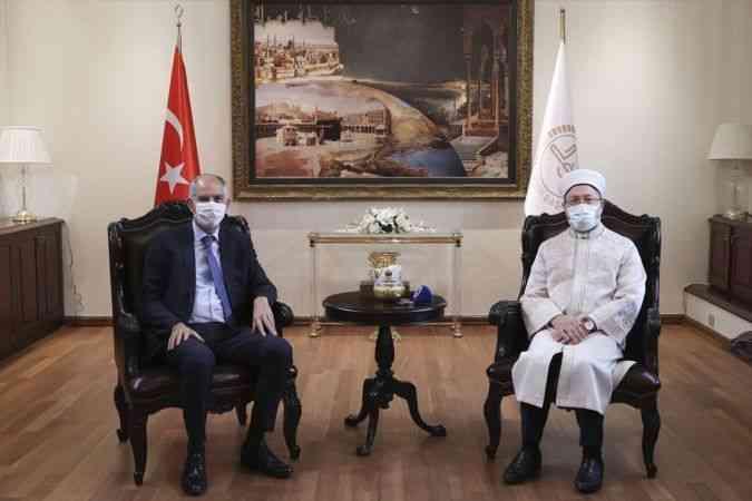 Diyanet İşleri Başkanı Erbaş Fransa'nın Ankara Büyükelçisi Magro ile görüştü