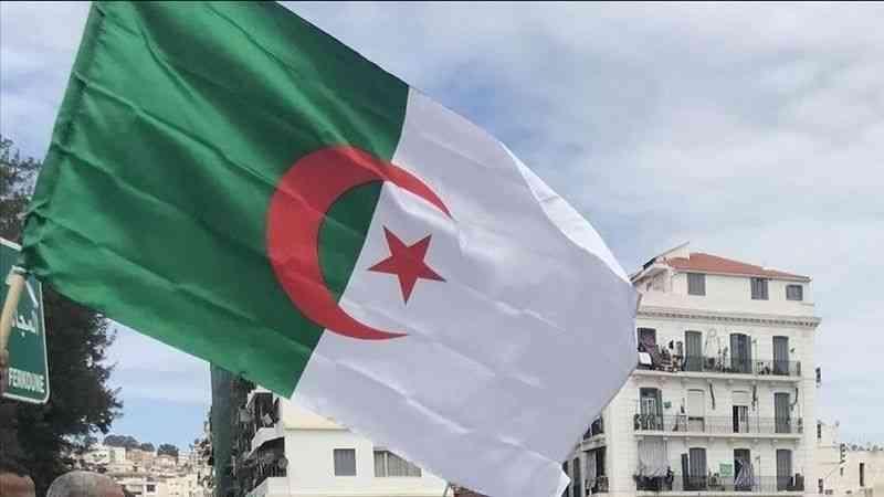 Cezayir'deki İslami eğilimli Barış Toplumu Hareketi Partisi kurulacak hükümete katılmayı reddetti