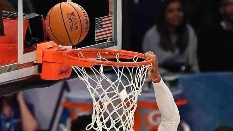 NBA'de Atlanta Hawks, Milwaukee Bucks'ı farklı yenerek seriyi 2-2'ye getirdi