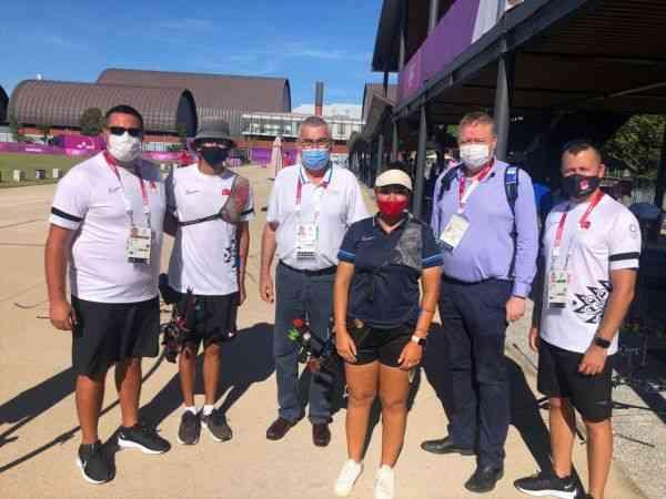 Uğur Erdener'den olimpiyatlarda yarışacak mili okçulara destek