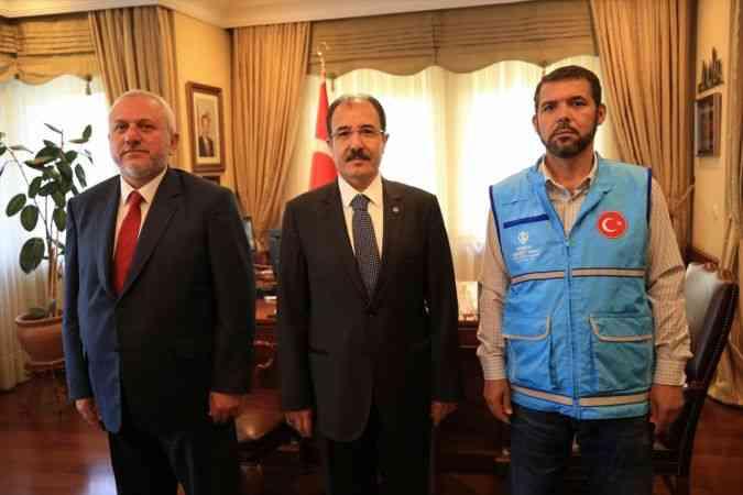 TDV görevlileri, Bakü Büyükelçisi Bağcı'yı ziyaret etti
