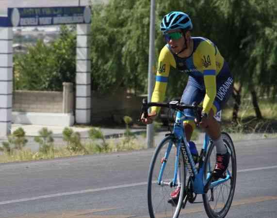Erciyes 2021 Yol Bisikleti Yarışları'nın gençlerde ilk etabı yapıldı