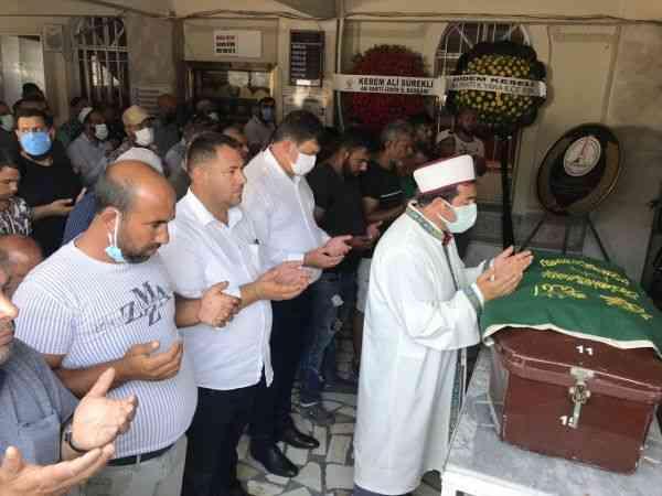 İzmir'de seyir halindeyken yanan kamyonette ölen 6 yaşındaki çocuk toprağa verildi