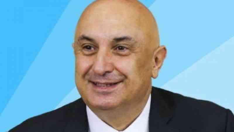 "CHP'li Özkoç: ""Trol elebaşı kimmiş? Saray'ın devlet memuru Fahrettin Altun"""